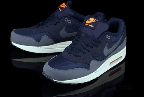 Nikeairmax1essentialda_2